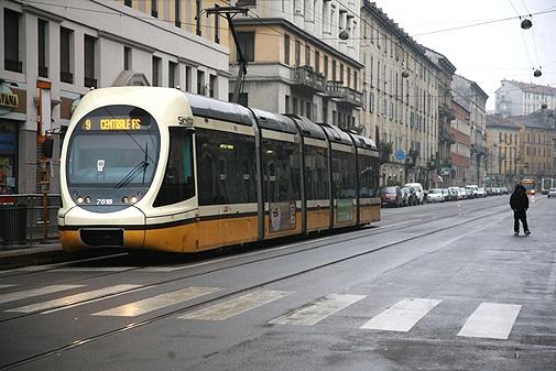 Occhio al 9: tram sostituiti per i lavori tra Bligny e Cinque Giornate