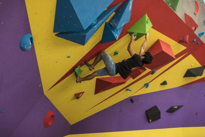 Superare i propri limiti con l'arrampicata