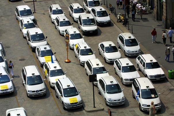 taxi sharing milano