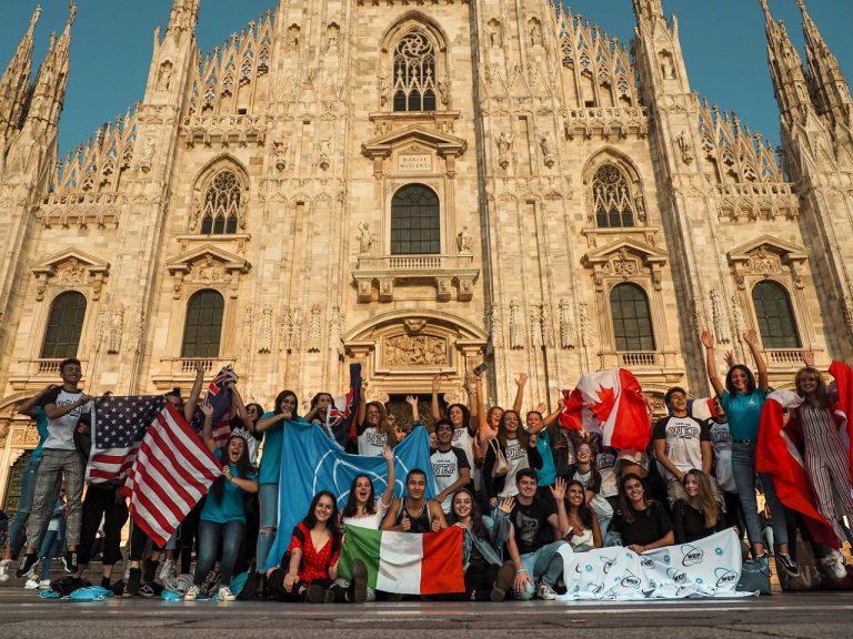 """Giovani """"ciceroni"""" crescono, <i>Orienta-MI</i> è il nuovo progetto per guide turistiche"""
