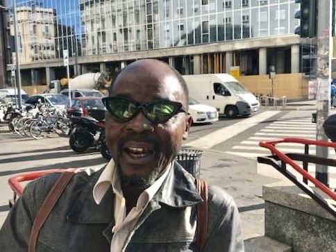 Futuro di Milano, il lettore Tra Bi Robert: «Non è come negli anni '90, gente diffidente e poco serena»