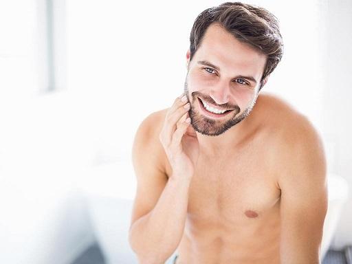 La beauty routine al maschile è su misura