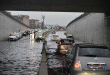 Danni e disagi a Milano dopo il nubifragio