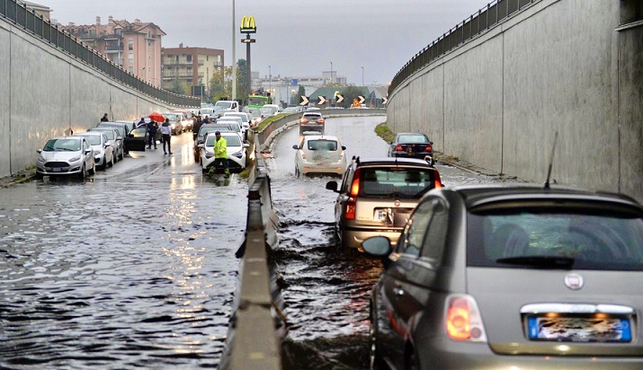Milano, temporali in arrivo: scatta l'allerta meteo