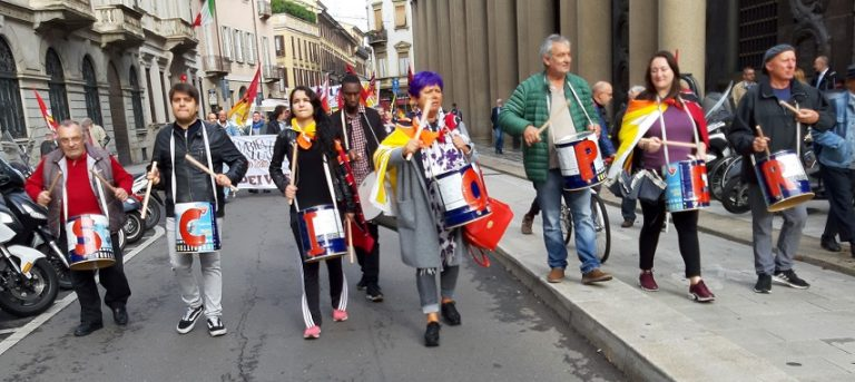 Venerdì a Milano, la città è aperta per sciopero