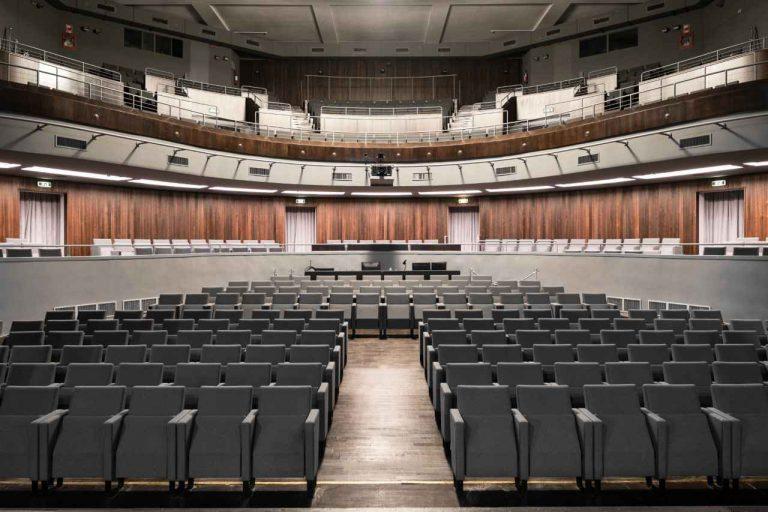 Il legno della Val di Fiemme per far rinascere il teatro della Triennale
