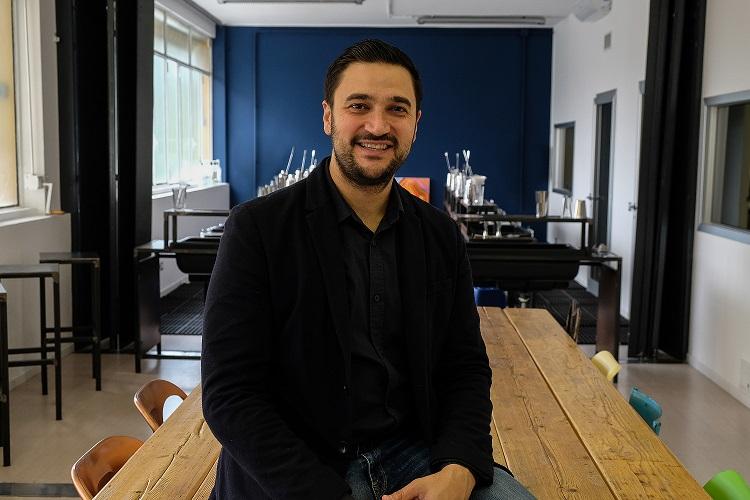 Dal bancone alla cattedra, Mattia Pastori racconta la sua scuola <i>Nonsolococktails</i>