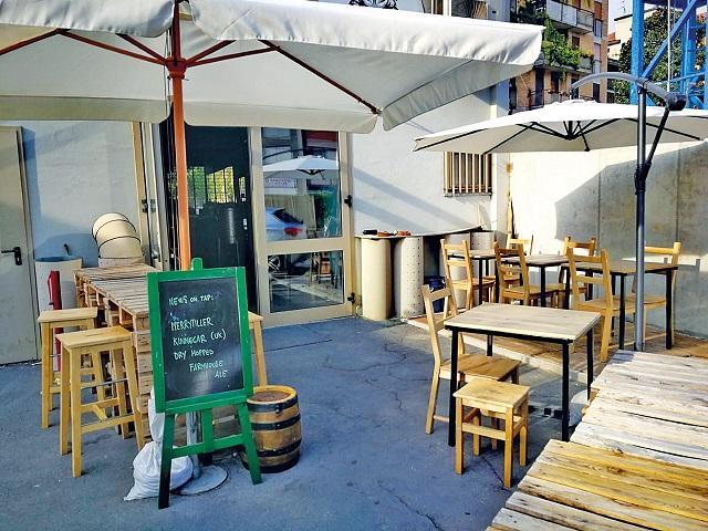 M4 la sfida dello Yankee Pub: «I disagi si affrontano con le idee e la voglia di rischiare»