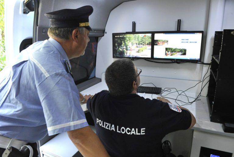 Vigili di quartiere, ora si cambia nuovi servizi nei Municipi