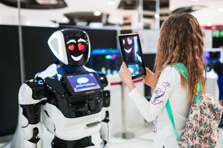 Al Bicocca Village la Città dei Robot, fino al 9 febbraio si viaggia nella tecnologia