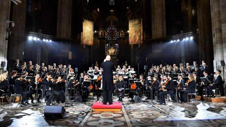 La tradizione illumina il Duomo, torna il Concerto di Natale