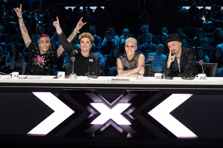 Chi succederà ad Anastasio? La tredicesima edizione di X Factor arriva alla finale (non senza difficoltà)