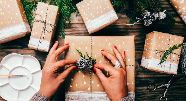 Natale, il regalo beauty è green e sostenibile: cinque suggerimenti