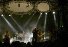 La storica band festeggia con un grande show all'Alcatraz
