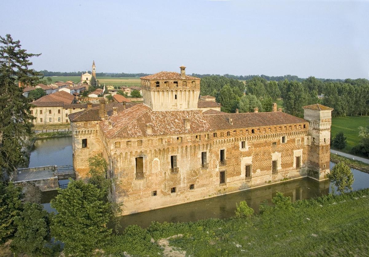 Iniziano le visite guidate al mastio del Castello di Padernello