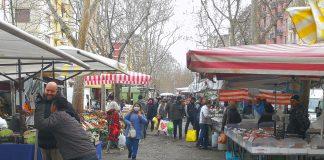 Viale Papiniano - mercato