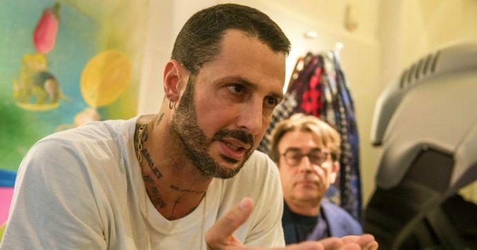 Fabrizio Corona diffidato: riceveva in casa il personal trainer