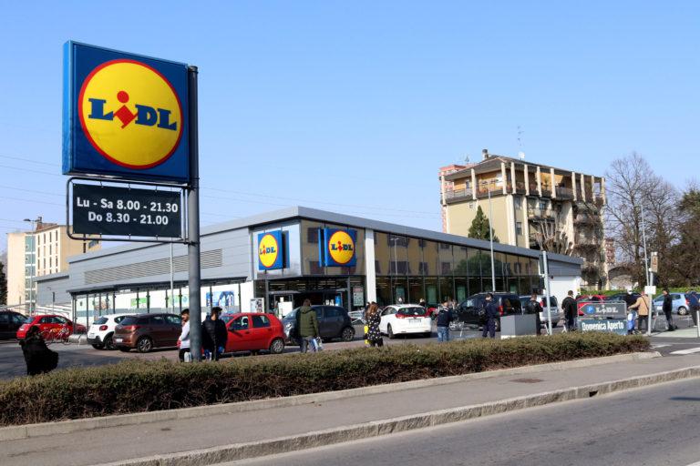 Supermercati a Pasqua e Pasquetta: chi resta aperto