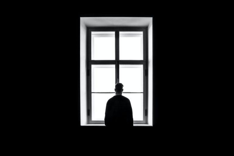 In isolamento per 46 giorni, ma negativo: «Mi sono sentito abbandonato»
