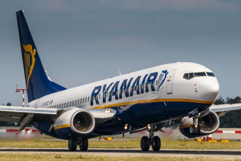 Le restrizioni Covid colpiscono Ryanair: ecco come cambieranno le tratte