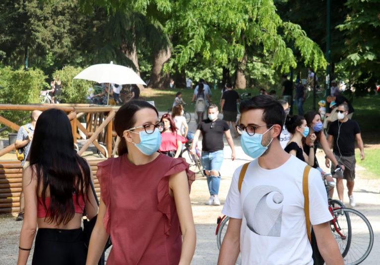 Riaperture, mascherine, lockdown: Milano guarda a quel che accade all'estero