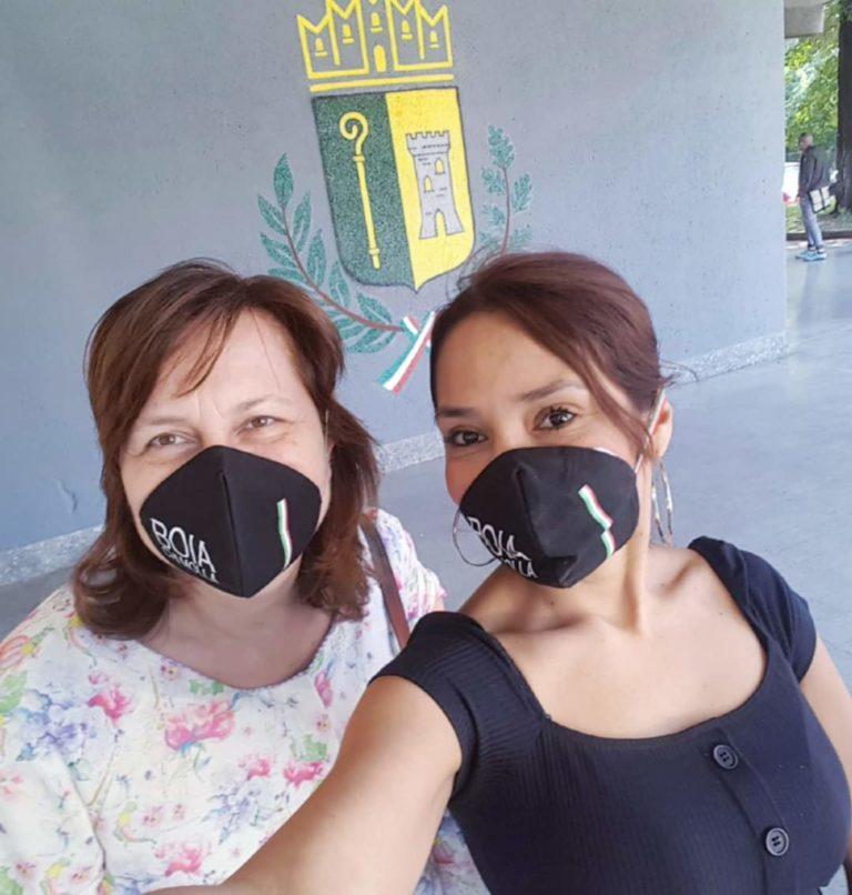 Cologno nel mirino: mascherine con «Boia chi molla»