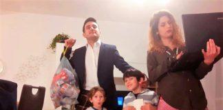 Mickol Lopez: «Basta con lo stereotipo della mamma che deve gestire tutto da sola»