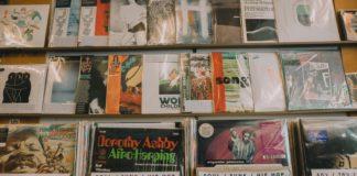 riapertura negozi dischi