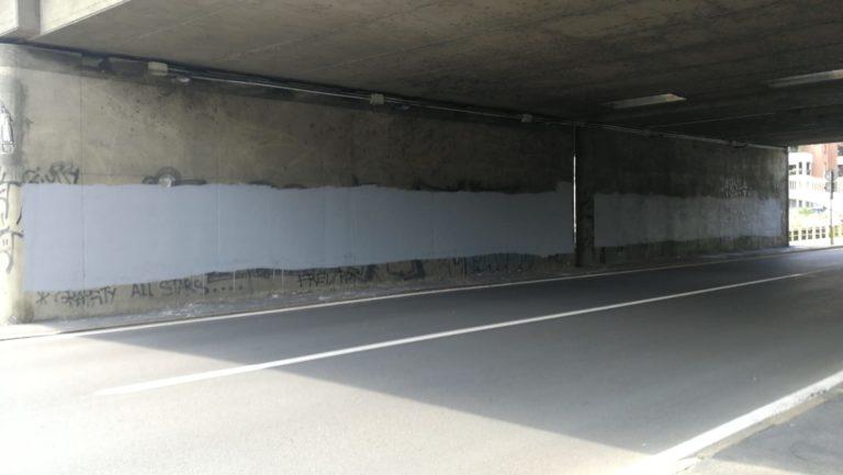 Cancellato il murales «Fontana assassino, Sala zerbino»