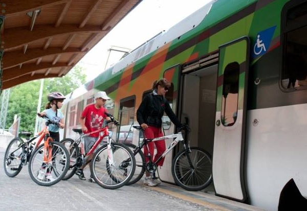 Trenord, tutte le tratte su cui è consentito il trasporto delle bici