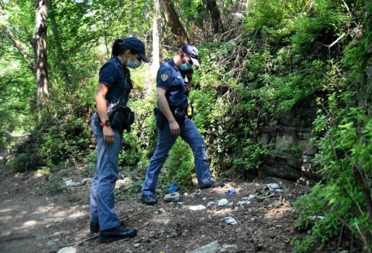Termina la caccia all'uomo: arrestato lo stupratore del parco Monte Stella