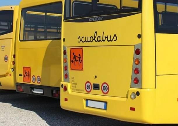 """Decreto Agosto, la """"bizzarra"""" norma sugli scuolabus"""