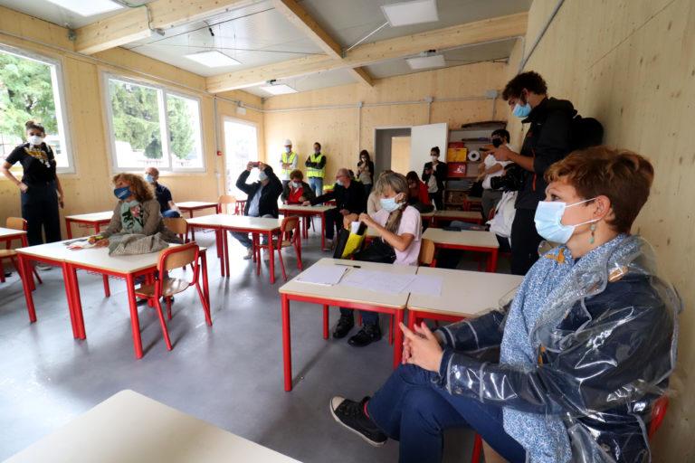 Scuola, gli insegnanti non vogliono trasferirsi a Milano: i motivi dei tanti rifiuti