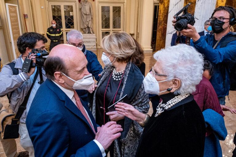 La Scala riabbraccia Milano: commozione e trionfo, per un ritorno da ricordare