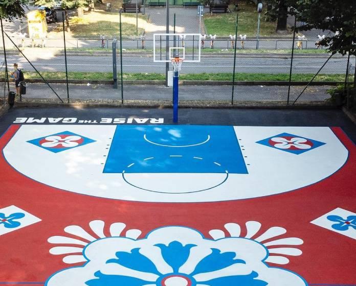 Milano, in viale Lazio nasce il campetto da basket ispirato al Duomo